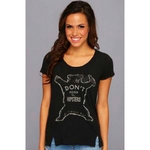 Lucky Brand💕Don't feed the Hipsters Graphic Tee L